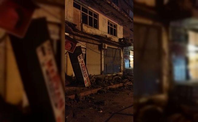 Evin balkonu çöktü: 1 yaralı