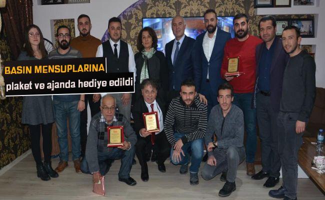 Elbistan Belediyesi, gazeteciler gününü kutladı