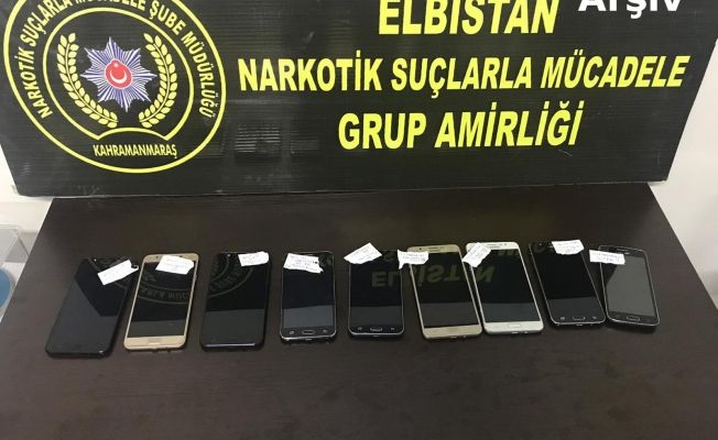 İşyerinde kaçak cep telefonu ele geçirilen 1 Suriyeliye gözaltı