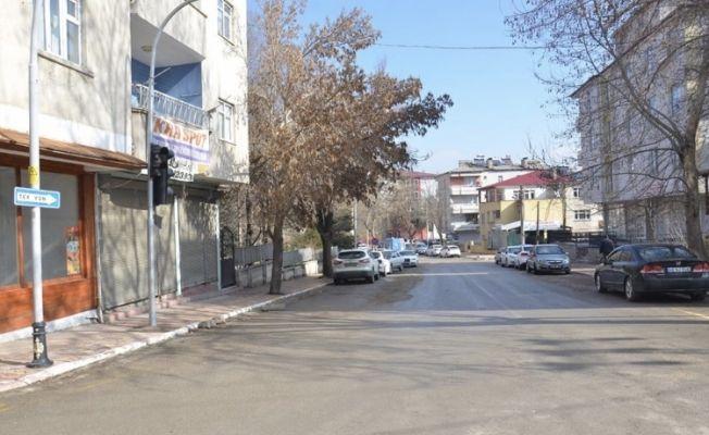 Elbistan'da istiklal caddesi yeniden trafiğe açıldı