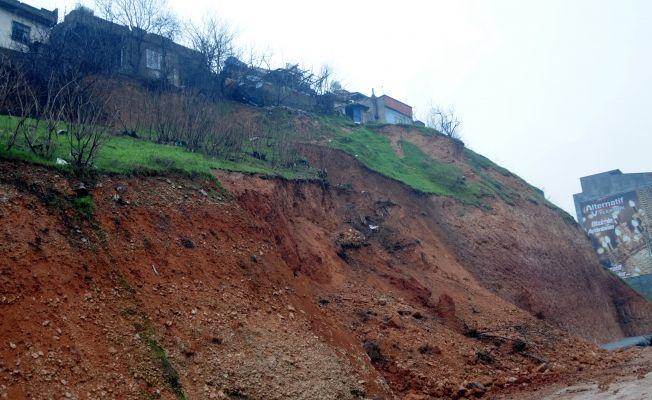 Kahramanmaraş'ta heyelan riski nedeniyle 3 ev boşaltıldı