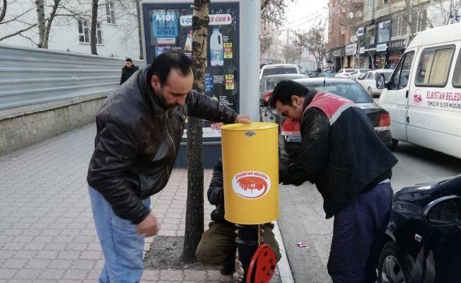 Şehir merkezine 400 adet küçük çöp konteynırı yerleştirildi