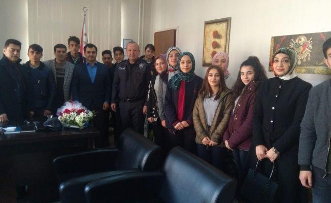 Lise öğrencilerinden Afşin İlçe Emniyet Müdürlüğüne ziyaret