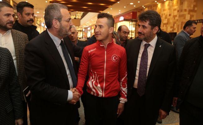"""Ünal: """"Kılıçdaroğlu'nun katliamı İslam dünyasına bağlamasını kınıyorum"""""""