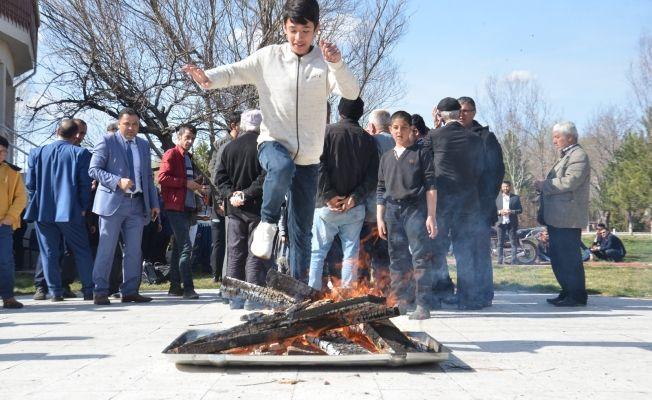 Elbistan'da Nevruz Bayramı büyük bir coşkuyla kutlandı