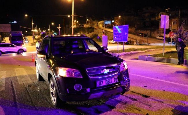 Burdur'da otomobil ile motosiklet çarpıştı: 1 yaralı