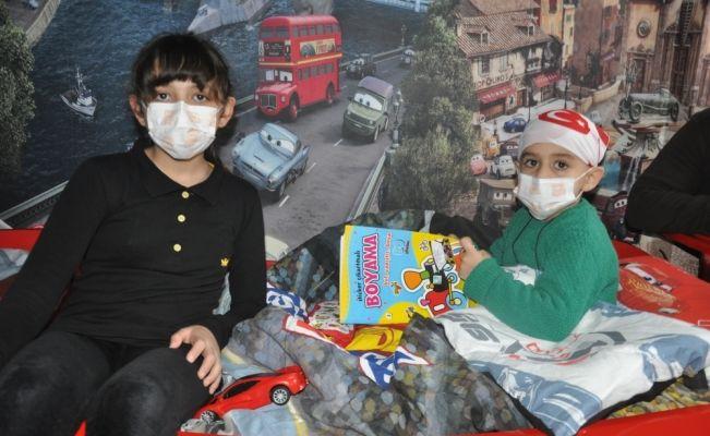 Çocuklarının kanseri yenebilmesi için yardım bekliyorlar