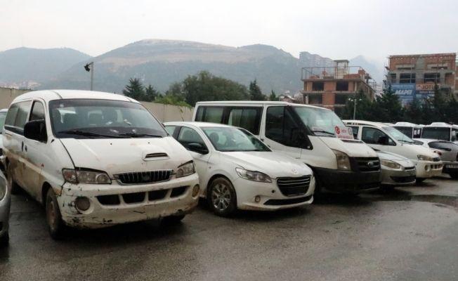 Türkiye'de çalınan araçlar Afrin'de bulundu