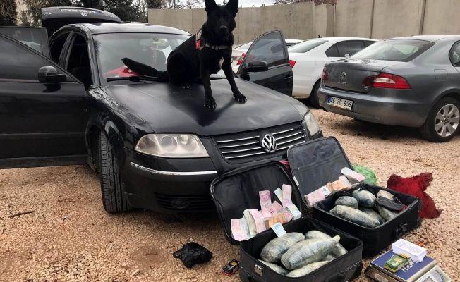 Pazarcık'ta uyuşturucu operasyonu: 15 kilo 150 gram esrar ele geçirildi
