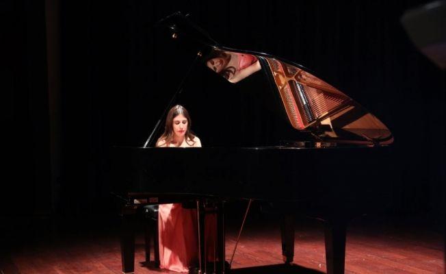 """SDÜ'de """"Klasik Müzik Piyano Konseri"""""""