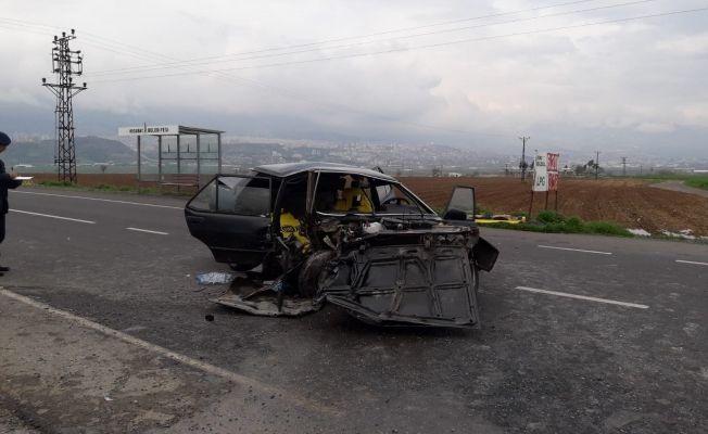 Park halindeki kamyona arkadan çarptı: 1 ölü, 3 yaralı