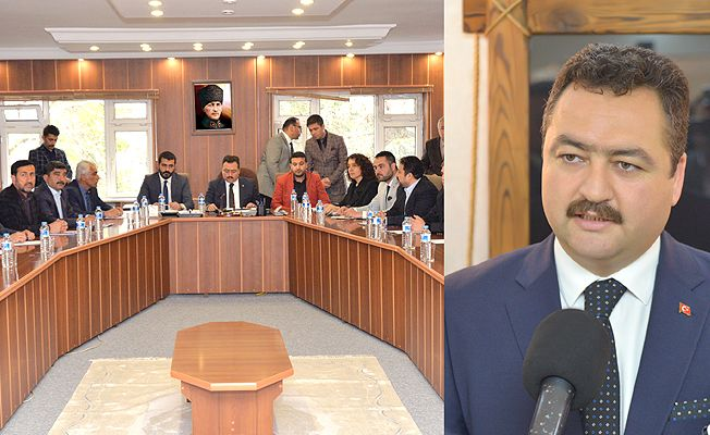 Elbistan belediyesi'nde ilk meclis toplantısı yapıldı