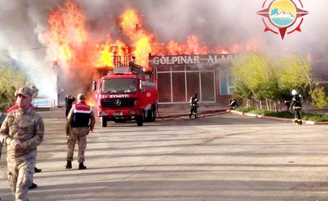 Akçırı'daki balık tesisi alev alev yandı!