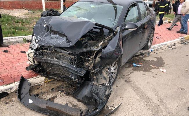 Elbistan'da feci trafik kazası: 3 yaralı