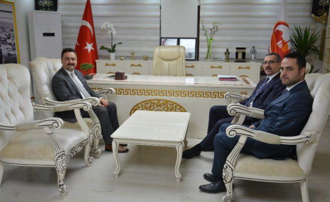 Başkan Güngör, Gürbüz'ü makamında ziyaret etti