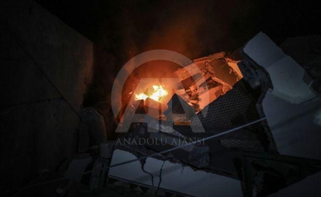 İsrail'in Anadolu Ajansının olduğu binayı vurdu