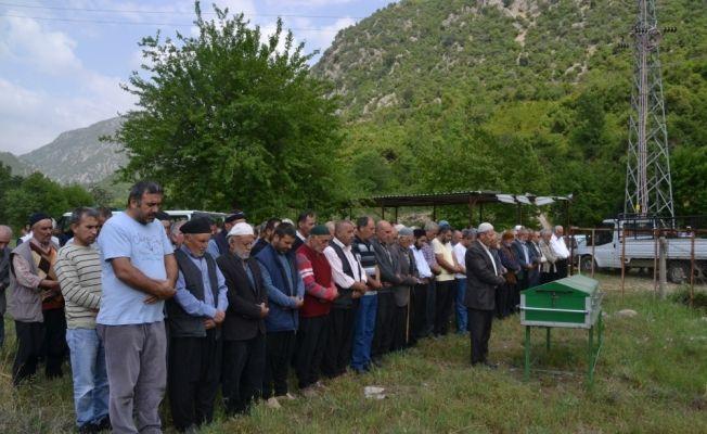 Osmaniye'de eşi tarafından öldürülen kadının cenazesi defnedildi