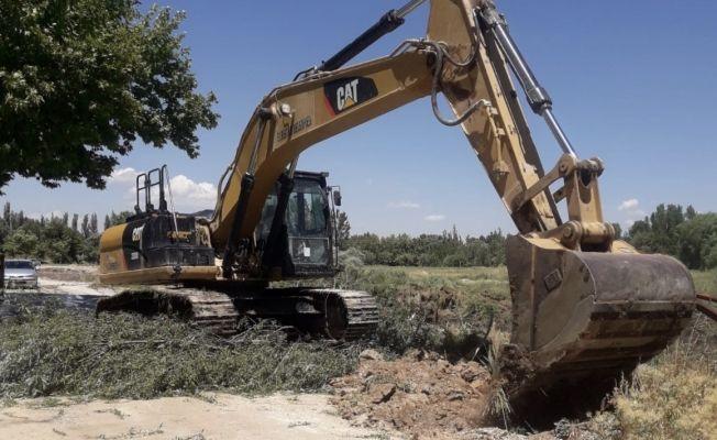"""Elbistan Belediyesi'nden açıklama: """"Sahil yolu çalışmaları devam ediyor"""""""