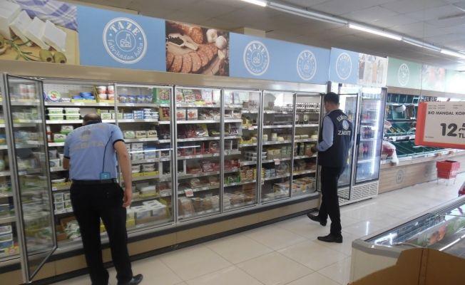 Elbistan'da zabıta ekipleri market denetimine başladı