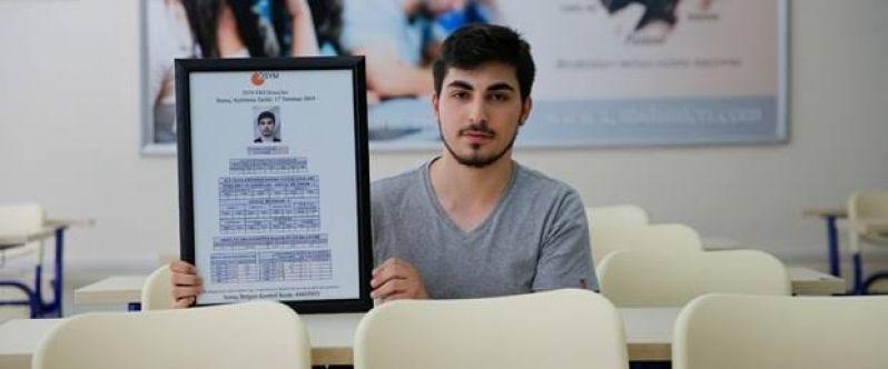 Elbistanlı Cuma Taş, YKS Türkiye birincisi oldu