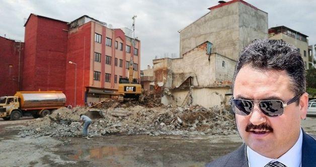 Başkan Gürbüz kararlılığını sürdürüyor! O bölgede bulunan metruk binalar yıkılıyor...