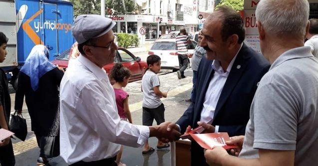 Elbistan İYİ Parti teşkilatından 30 Ağustos kutlaması! El afişleri dağıtıldı...