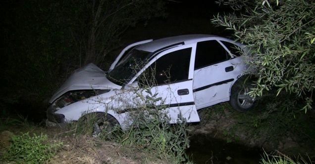 Elbistan'da otomobil sulama kanalına düştü: 1 ölü, 3 yaralı