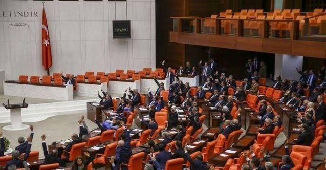 AK Parti, Yargı Strateji Belgesi'nin ilk paketini Meclis'e sundu