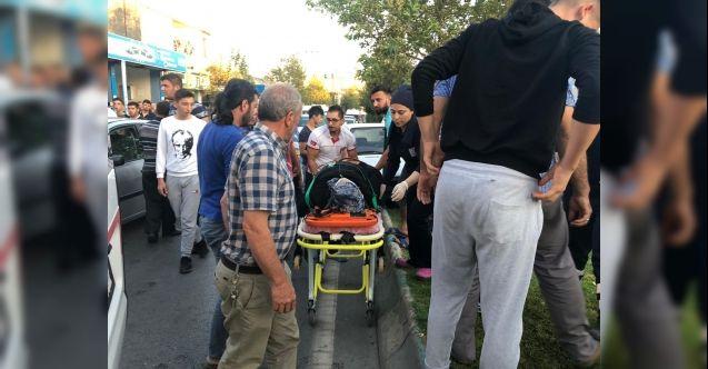 Kahramanmaraş'ta feci kaza! Otomobil yayalara çarptı: 4 yaralı