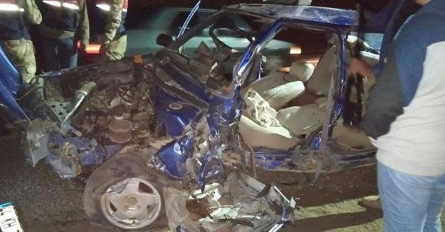 Nurhak'ta iki otomobil çarpıştı: 1'i çocuk 6 yaralı
