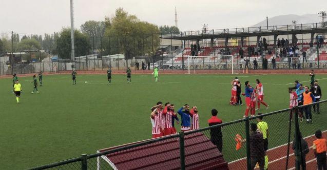Elbistanspor, Kilis Belediyespor'u 1-0 mağlup etti