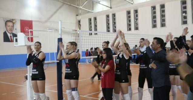 Filenin Sultanları durdurulamıyor! Elbistan'da ilk maçında Antalyaspor'u yendi...