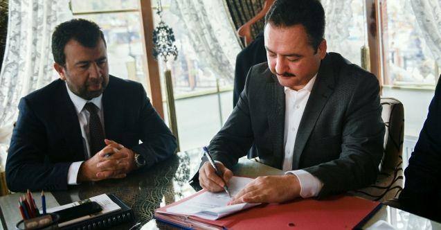 Başkan Gürbüz'ün 220 kişilik istihdam projesi için ilk imzalar atıldı