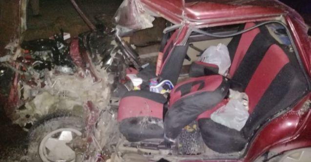 Göksun-Elbistan kara yolunda minibüs ile otomobil çarpıştı: 3 yaralı
