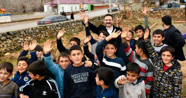 Başkan Gürbüz, Kırsal mahallelerde incelemeler bulundu
