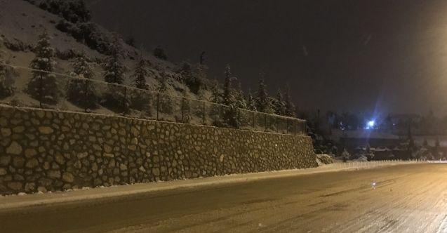 Elbistan'da beklenen kar yağışı başladı! Meteoroloji tahminleri sonunda tuttu...