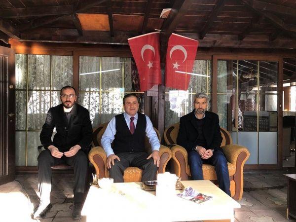 Kaymakam Demir Elbistan Şehit ve Gaziler Derneğini ziyaret etti