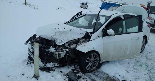 Afşin-Göksun karayolunda trafik kazası: 5 kişi yaralı