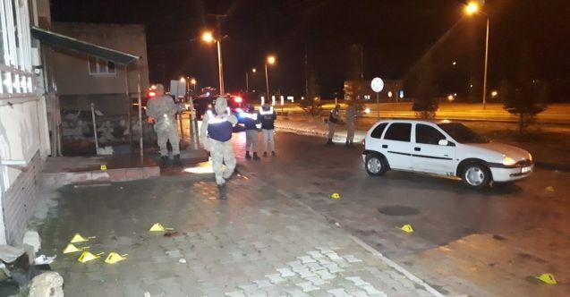 Elbistan'da otomobile silahlı saldırı: 2 ölü