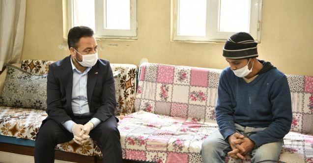 Başkan Gürbüz, Sosyal medyadan Cumhurbaşkanına ve İçişleri Bakanına seslenen vatandaşı ziyaret etti