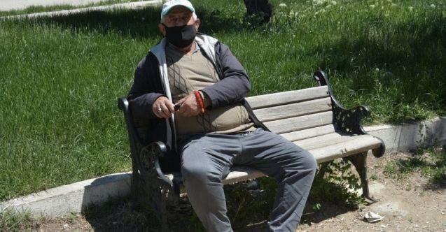 65 yaş ve üzeri vatandaşların sokağa çıkma saatleri değişti