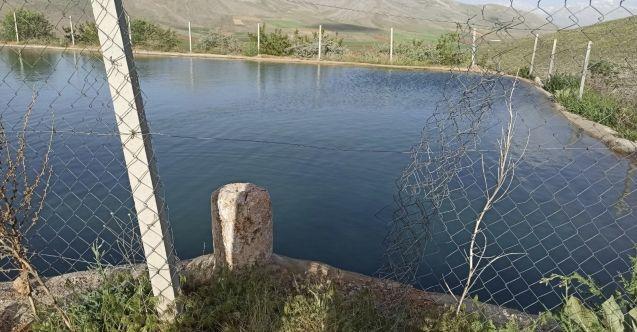 Elbistan'da 17 yaşındaki çocuk serinlemek için girdiği gölette boğuldu
