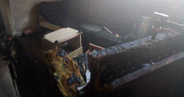 Elbistan'da yangına uykuda yakalandılar! Belediye personeli kurtardı