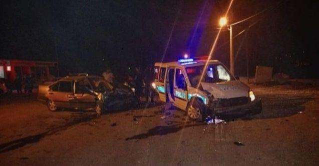 Feci kaza! Polis aracı ile otomobil çarpıştı: 2 ölü, 2 polis ve 2 bekçi yaralı
