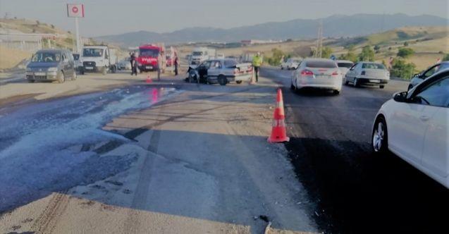 Kahramanmaraş'ta tır ile otomobil çarpıştı: 5 yaralı