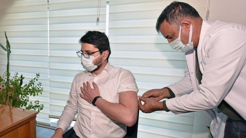 Göksun'da 3 bin 500 kişiye koronavirüs aşısı yapıldı