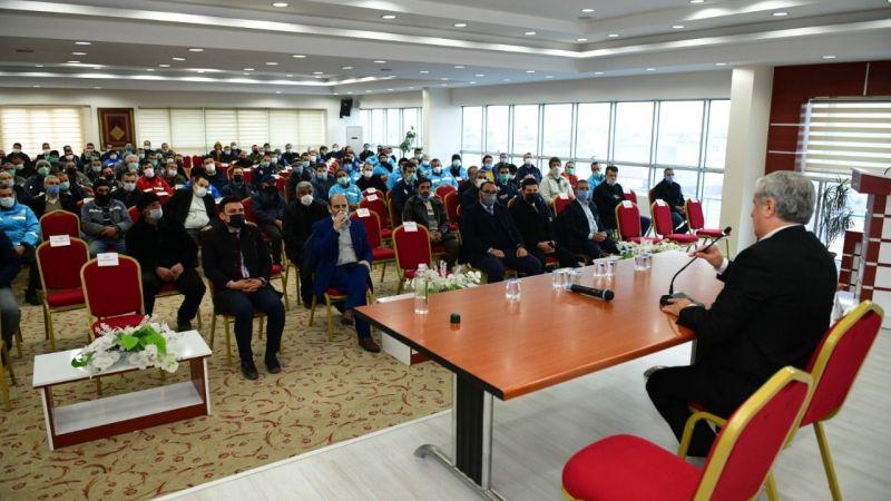 Elbistan Belediyesi'nden personeline etkili iletişim semineri