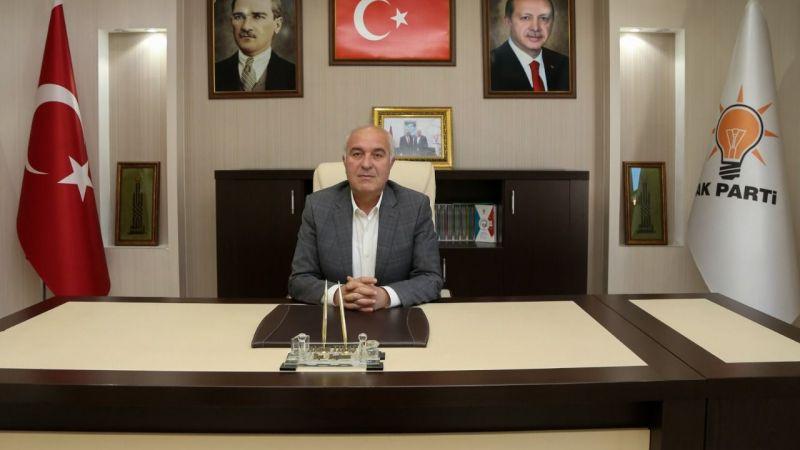 AK Parti İlçe Başkanı Ahmet Tıraş: Ramazan Bayramı'nı en kalbi duygularımla tebrik ederim