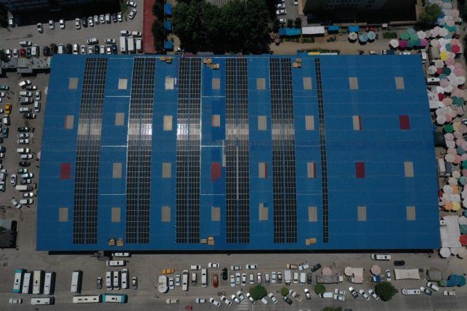 Elbistan Belediyesi güneş enerji panelinin montajı tamamlandı