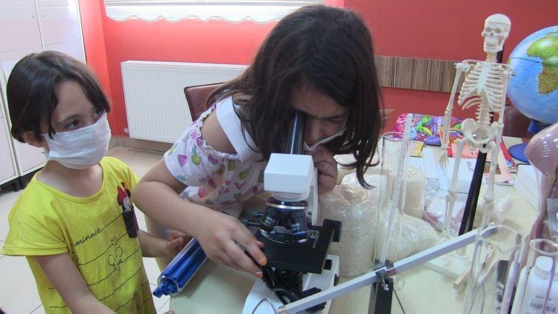 ABD'de yaşayan Türkiye sevdalılarından Elbistan'a eğitim desteği